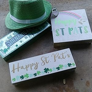 St. Patrick's Day f e d o r a hats and decorations